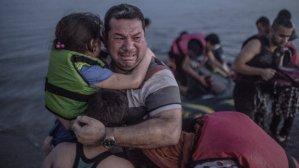 Syrische vluchtelingen komen in Griekenland aan land